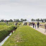 Landschapstriënnale 2017, Landgoed Kleine Vennep, Nieuw vennep// 17-9-2017: Festival Het Eetbare Landschap met 'Karavaan met Grazende Zwaan'. Kunstwerk: Universe 11 van Robbert van der Horst -Foto: Daniel Nicolas